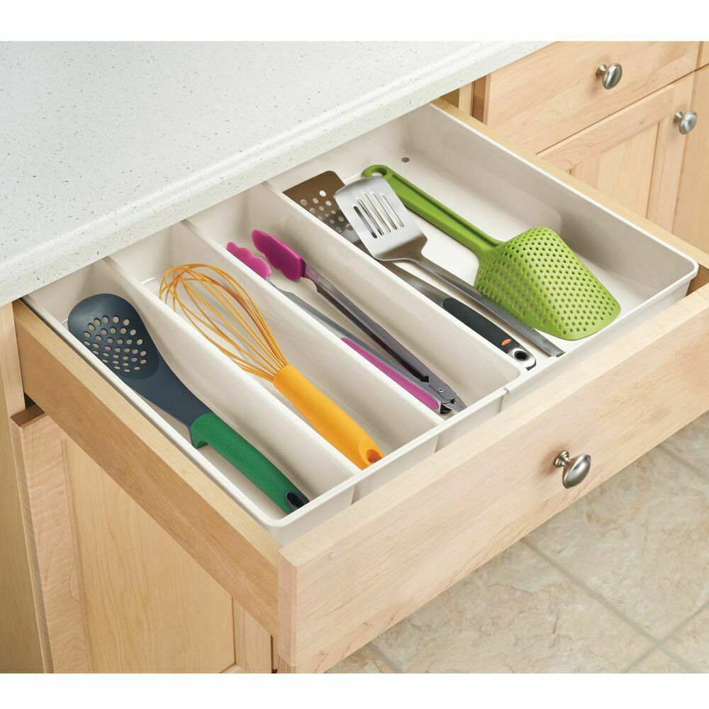 MDesign Plastic Extendable Cutlery Tray